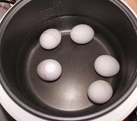Варка яиц в мультиварке