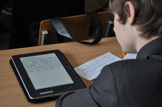 Выбор электронной книги для школы