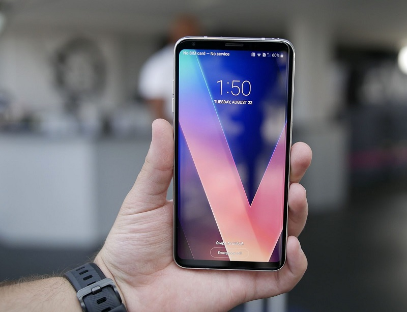 Флагман LG V30+