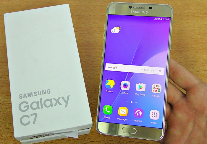 Galaxy C7