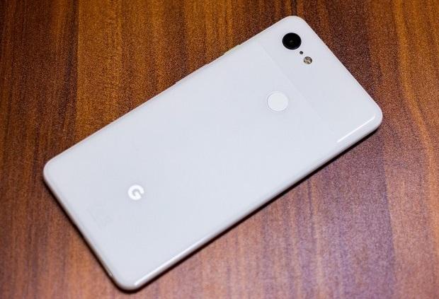 задняя часть google pixel 3