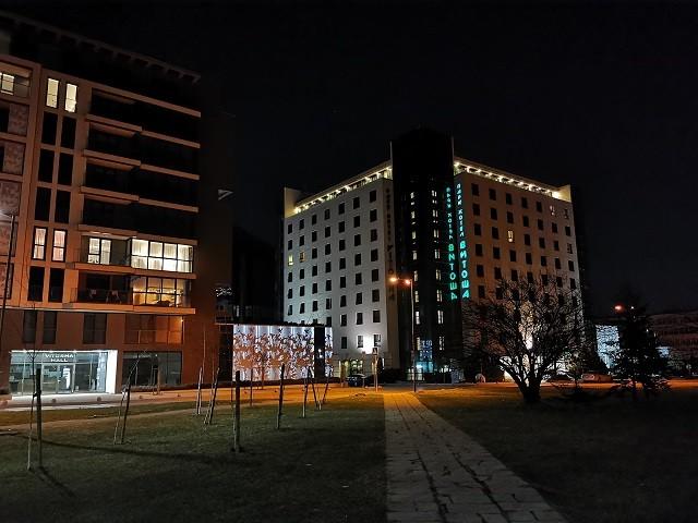 фото 15 на huawei p30 pro (ночь)