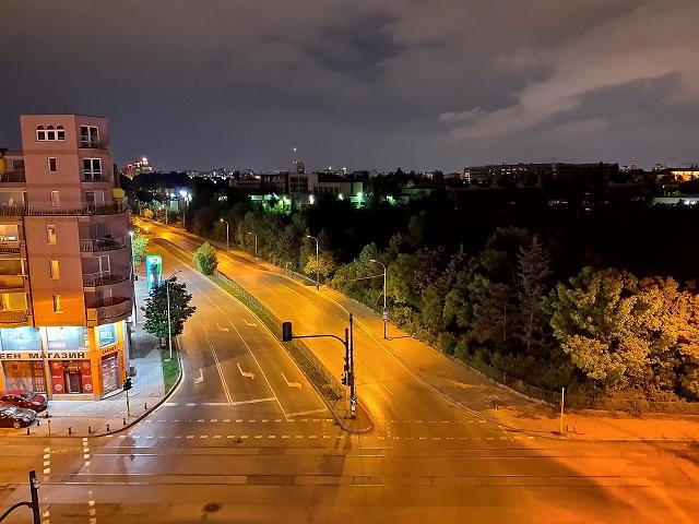фото на камеру Motorola One Vision (ночной режим) (3)