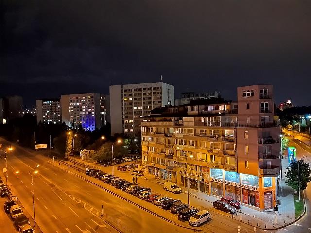 фото на камеру Motorola One Vision (ночной режим) (4)